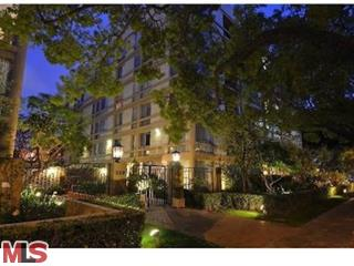 SOLD!!! 318 N Maple DR #406